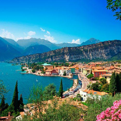 3-Lake-Garda-C40K97-1581x1050