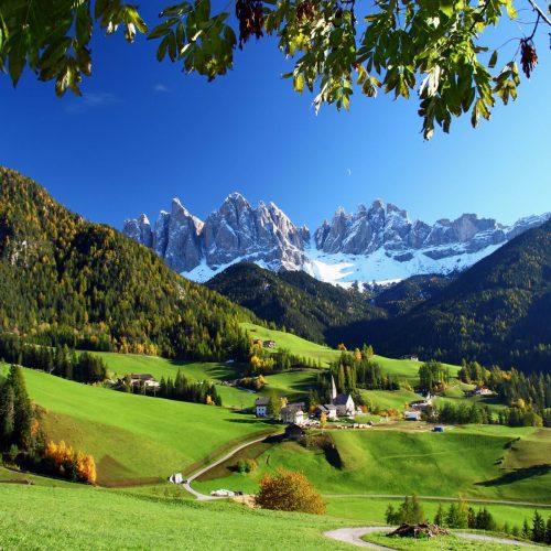 Santa Madalena di Funes Italy 1441274990(www.brodyaga.com)